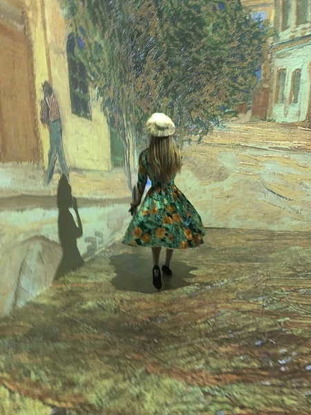 At Pier 36, Immersive Experience Plunges Participants Into Van Gogh's Visions